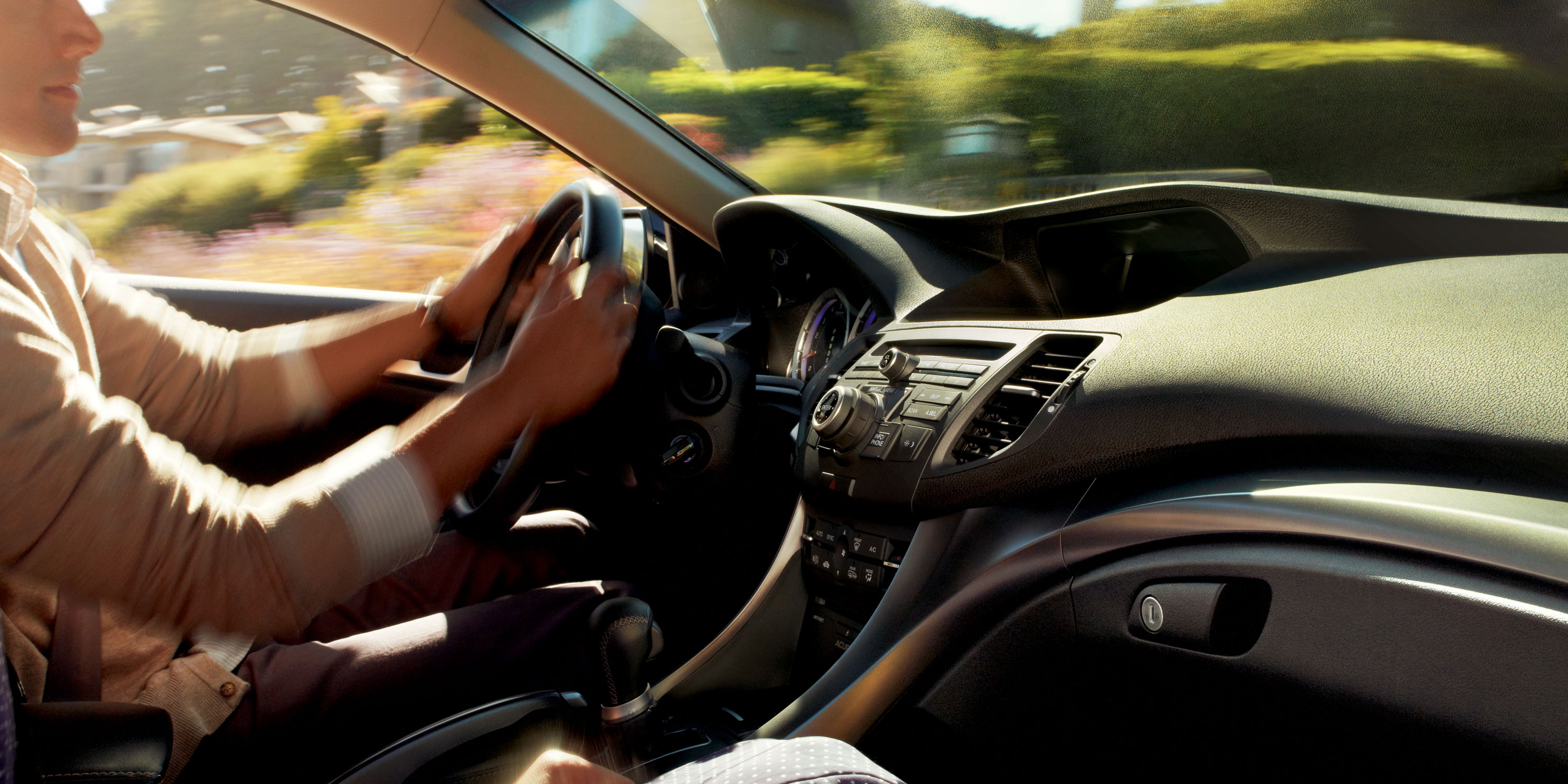 2014-Acura-TSX-Sport-Wagon-car-driver-man-driving-dashboard