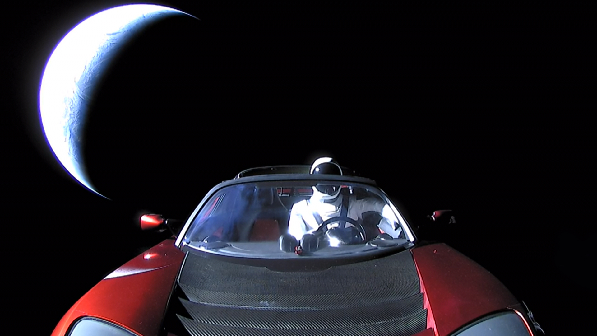 20180206-193930-elon-musk-tesla-roadster-falcon-heavy-demo-mission-front-earth-last